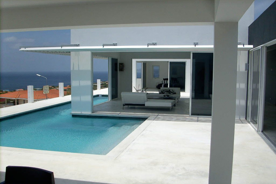 Costum-Dream-Villa-Bonaire-Ushombi-1