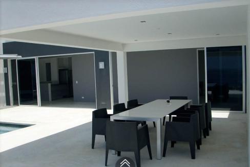 Costum-Dream-Villa-Bonaire-Ushombi-7