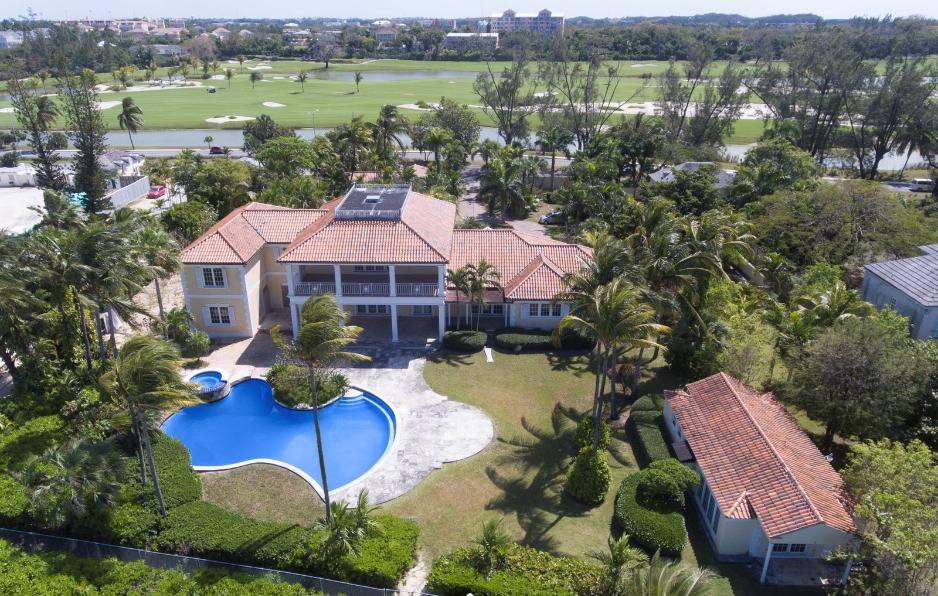 Fairview-Beachfront-Estate-Bahamas-Ushombi-1