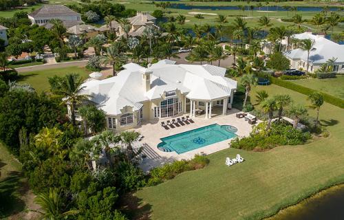 Four-Seasons-House-Ocean-Club-Estates-Bahamas-Ushombi-1