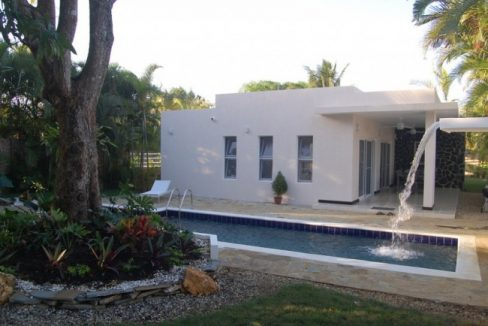 Modern-Family-Home-in-Residential-Community-Dominican-Republic-Ushombi-8