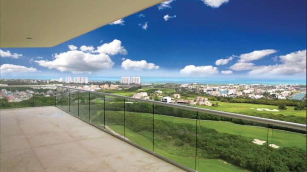 Sky-Cancun-Puerto-Cancun-Mexico-Ushombi-1