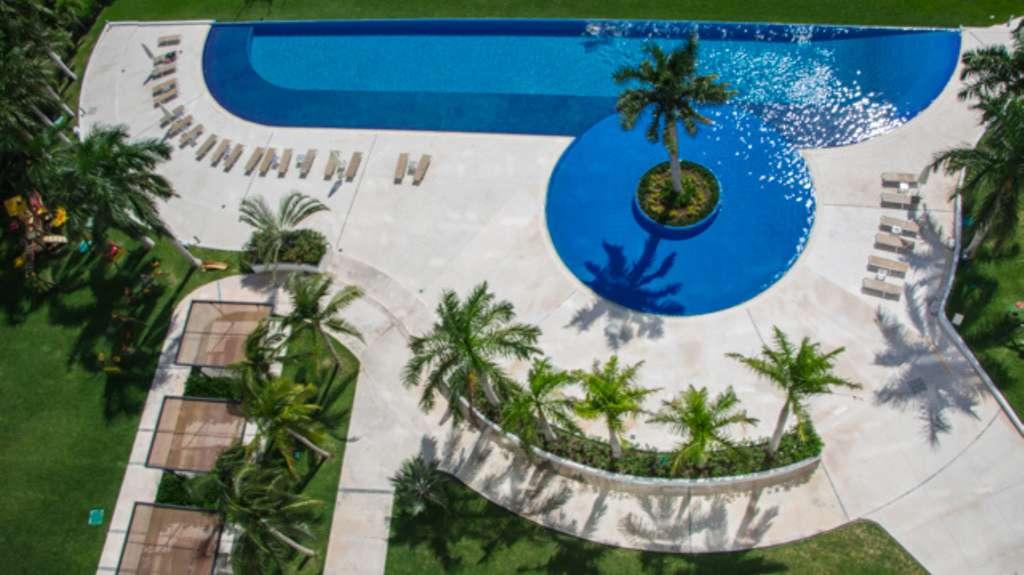 Sky-Cancun-Puerto-Cancun-Mexico-Ushombi-4