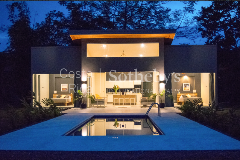 4-home-5-acre-investor-rental-compound-with-tennis-court-and-pools-Costa-Rica-Ushombi-13