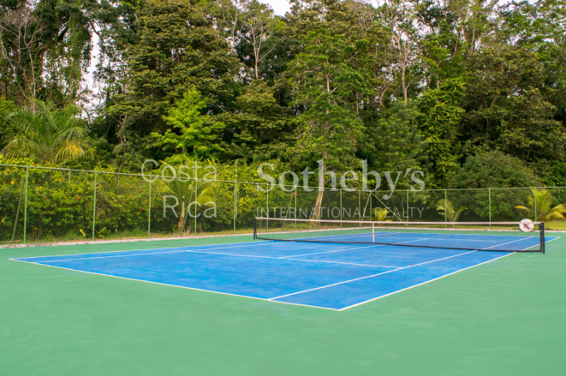 4-home-5-acre-investor-rental-compound-with-tennis-court-and-pools-Costa-Rica-Ushombi-18