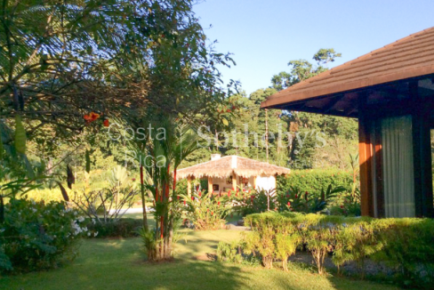 4-home-5-acre-investor-rental-compound-with-tennis-court-and-pools-Costa-Rica-Ushombi-2