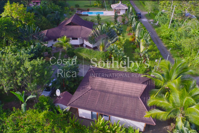 4-home-5-acre-investor-rental-compound-with-tennis-court-and-pools-Costa-Rica-Ushombi-21