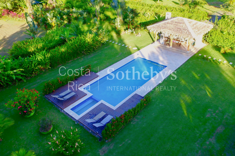 4-home-5-acre-investor-rental-compound-with-tennis-court-and-pools-Costa-Rica-Ushombi-3