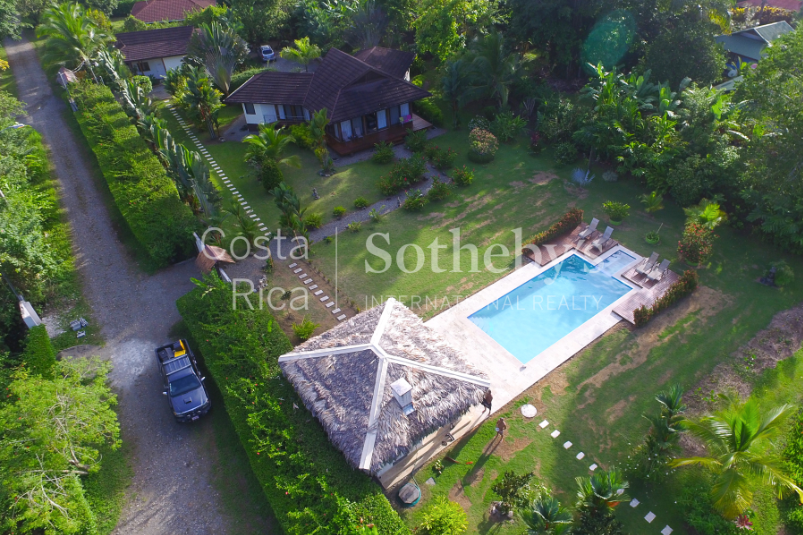 4-home-5-acre-investor-rental-compound-with-tennis-court-and-pools-Costa-Rica-Ushombi-5