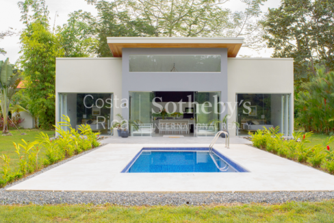 4-home-5-acre-investor-rental-compound-with-tennis-court-and-pools-Costa-Rica-Ushombi-8