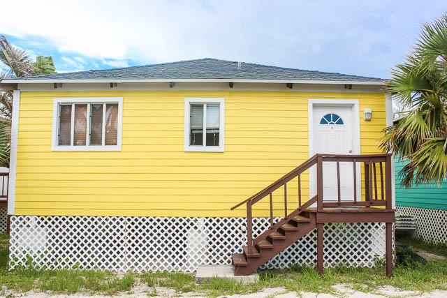 Beachfront-Cottage-in-East-Grand-Bahama-Ushombi-1