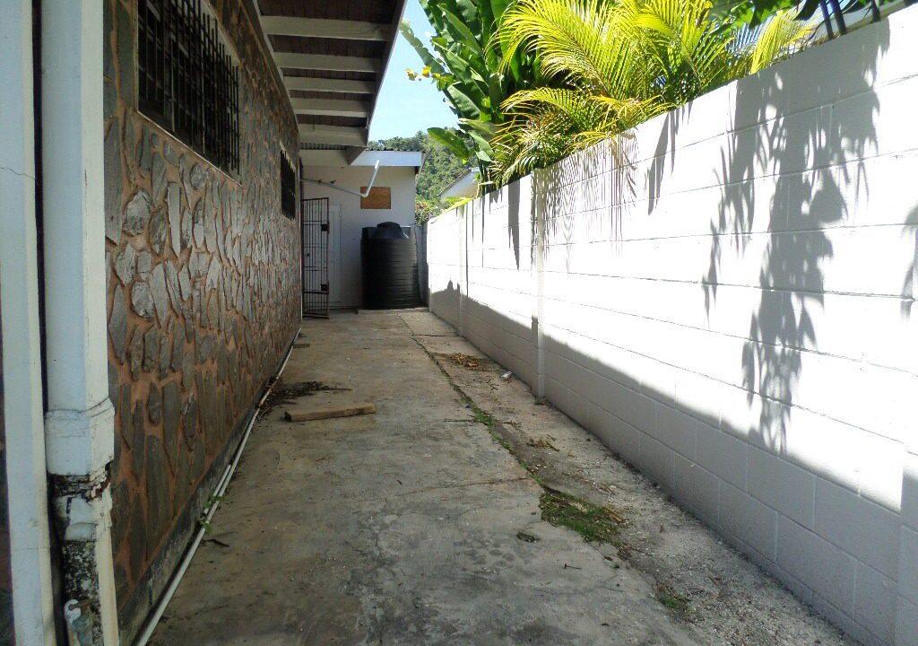Diego-Martin-Single-Story-Fixer-Upper-Trinidad-Tobago-Ushombi-15