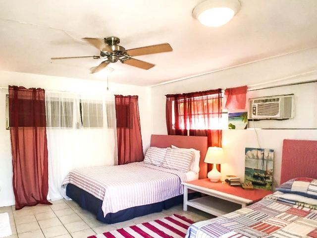 Paradise-Point-Beachfront-Home-Exuma-Exuma-Cays-Bahamas-Ushombi-13