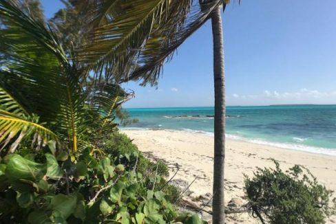 Paradise-Point-Beachfront-Home-Exuma-Exuma-Cays-Bahamas-Ushombi-15