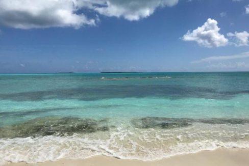 Paradise-Point-Beachfront-Home-Exuma-Exuma-Cays-Bahamas-Ushombi-16