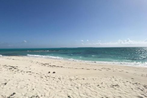 Paradise-Point-Beachfront-Home-Exuma-Exuma-Cays-Bahamas-Ushombi-3