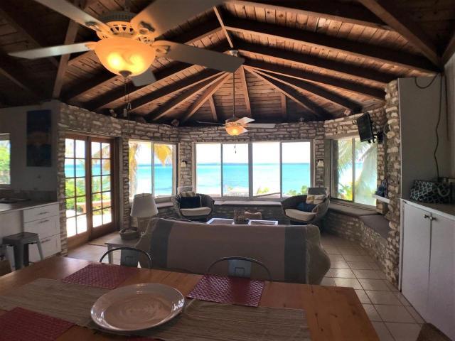 Paradise-Point-Beachfront-Home-Exuma-Exuma-Cays-Bahamas-Ushombi-5