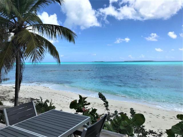 Paradise-Point-Beachfront-Home-Exuma-Exuma-Cays-Bahamas-Ushombi-9