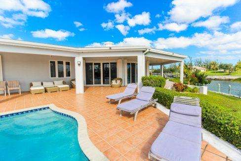 Beautiful-St-Johns-Point-Home-Grand-Bahama-Freeport-Bahamas-Ushombi-1