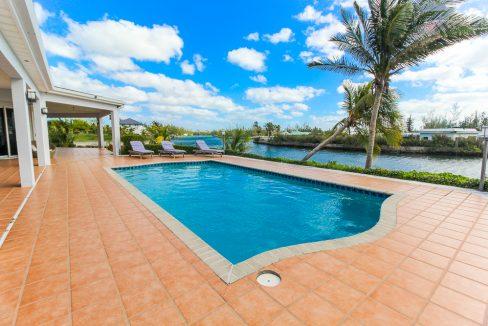 Beautiful-St-Johns-Point-Home-Grand-Bahama-Freeport-Bahamas-Ushombi-11