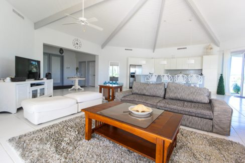 Beautiful-St-Johns-Point-Home-Grand-Bahama-Freeport-Bahamas-Ushombi-27