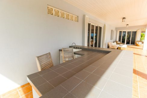 Beautiful-St-Johns-Point-Home-Grand-Bahama-Freeport-Bahamas-Ushombi-3