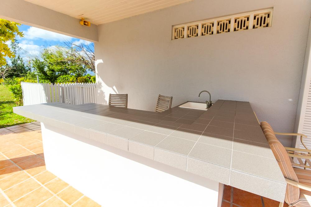 Beautiful-St-Johns-Point-Home-Grand-Bahama-Freeport-Bahamas-Ushombi-8