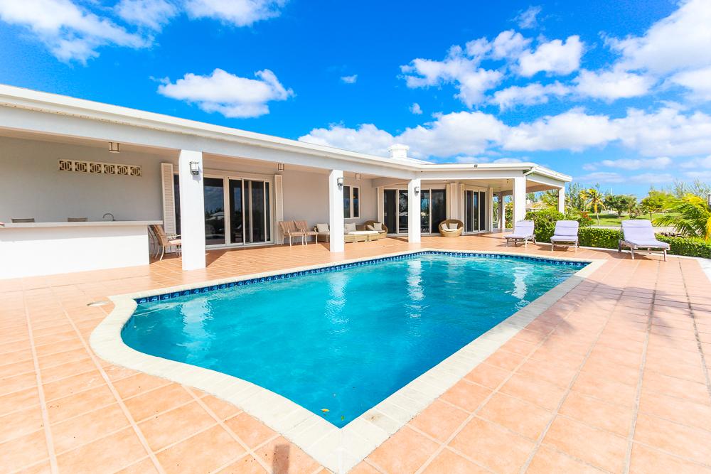 Beautiful-St-Johns-Point-Home-Grand-Bahama-Freeport-Bahamas-Ushombi-9