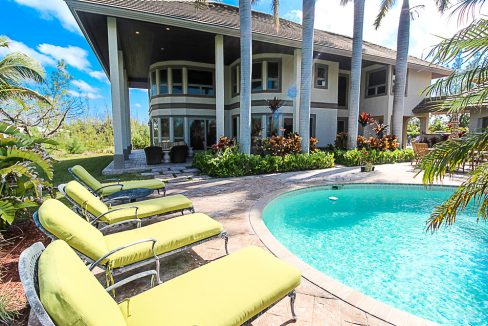 Luxurious-Canal-Front-Estate-in-Fortune-Bay-Grand-Bahama-Freeport-Bahamas-Ushombi-27