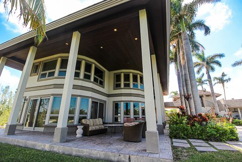 Luxurious-Canal-Front-Estate-in-Fortune-Bay-Grand-Bahama-Freeport-Bahamas-Ushombi-28