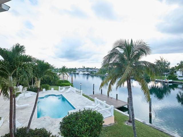 RAINBOW-ROAD-New-Providence-Paradise-Island-Bahamas-Ushombi-13