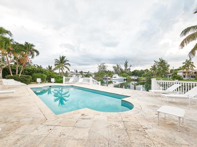 RAINBOW-ROAD-New-Providence-Paradise-Island-Bahamas-Ushombi-25