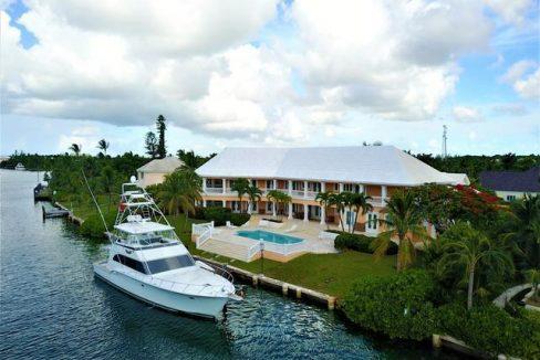 RAINBOW-ROAD-New-Providence-Paradise-Island-Bahamas-Ushombi-30