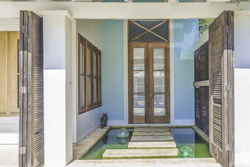 scandinavian-inspired-canalfront-home-grand-bahama-freeport-bahamas-ushombi-43