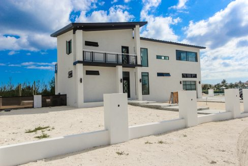 spacious-modern-3-bedroom-estate-grand-bahama-freeport-bahamas-ushombi-3