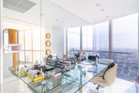1100-Biscayne-Blvd-#6307-Marquis-Miami-Tower-Florida-Ushombi-13