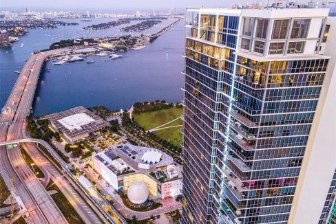 1100-Biscayne-Blvd-#6307-Marquis-Miami-Tower-Florida-Ushombi-33