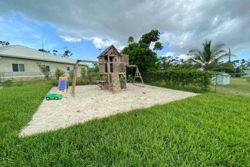 14-Baleen-Place-Grand-Bahama-Freeport-Bahamas-Ushombi-19