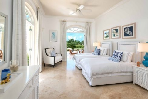 Bananaquit-Sugar-Hill-Estate-Plantation-Drive-St-James-Barbados-Ushombi-11