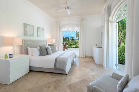 Bananaquit-Sugar-Hill-Estate-Plantation-Drive-St-James-Barbados-Ushombi-13