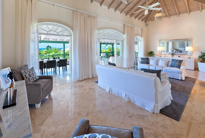 Bananaquit-Sugar-Hill-Estate-Plantation-Drive-St-James-Barbados-Ushombi-4