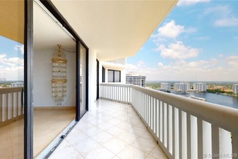 2000-island-blvd-2905-adventura-florida-ushombi-18