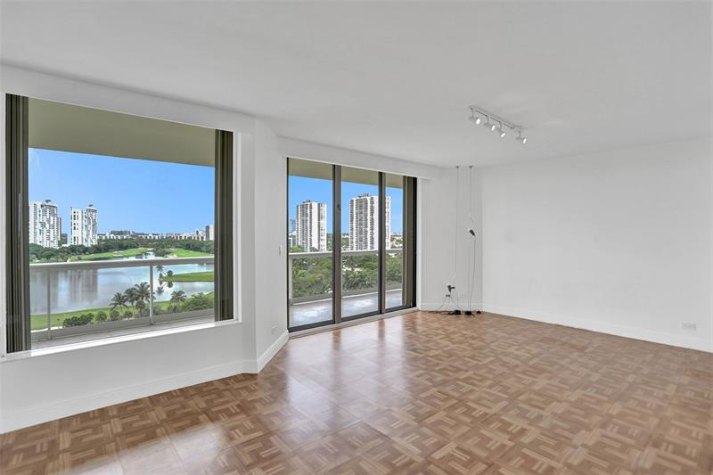 20191-e-country-club-dr-1101-aventura-florida-ushombi-12