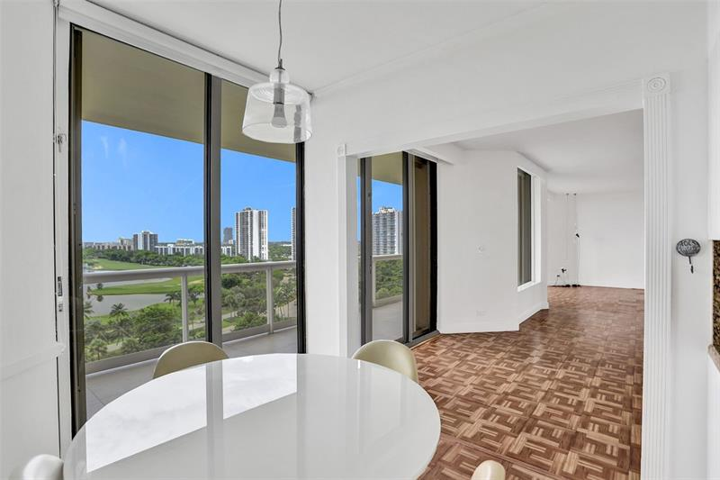 20191-e-country-club-dr-1101-aventura-florida-ushombi-19