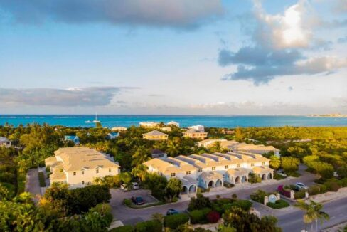 canal-front-town-homes-providenciales-turks-and-caicos-ushombi-1