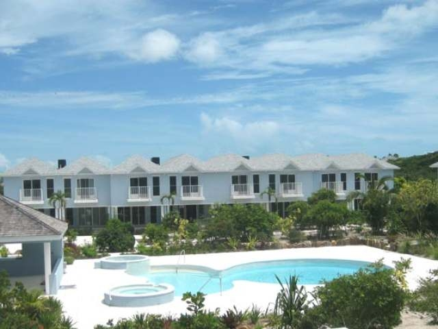 canal-front-town-homes-providenciales-turks-and-caicos-ushombi-8