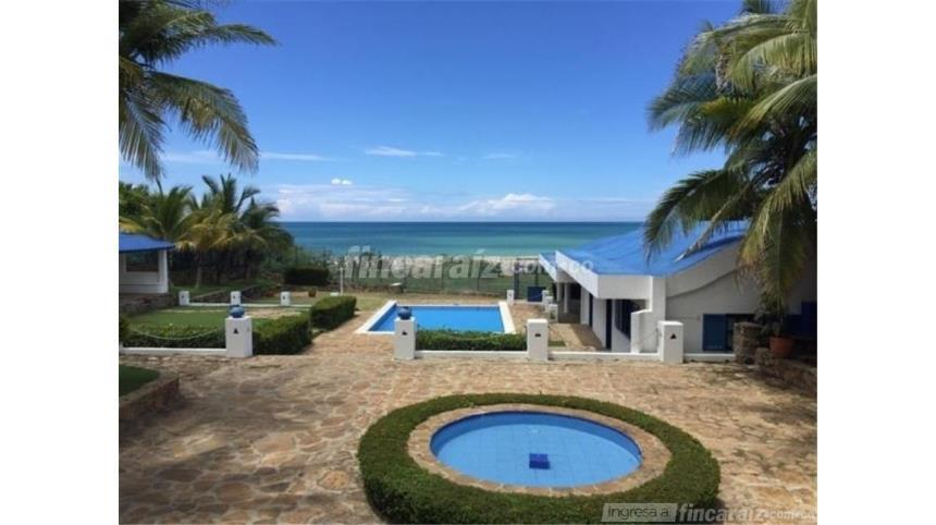 casa-campestre-playa-mendoza-colombia-ushombi-12