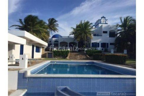 casa-campestre-playa-mendoza-colombia-ushombi-13