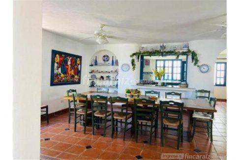 casa-campestre-playa-mendoza-colombia-ushombi-4