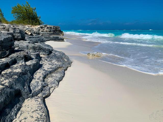casa-tua-exuma-villa-bahamas-exuma-ushombi-16